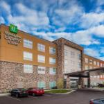 Holiday Inn Express & Suites -Rice Lake