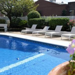 Hotels near Kingston Armory - Best Western Genetti Hotel And Convention Center