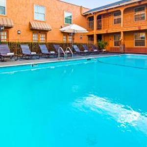 Dallas Market Hall Hotels - Best Western Market Center