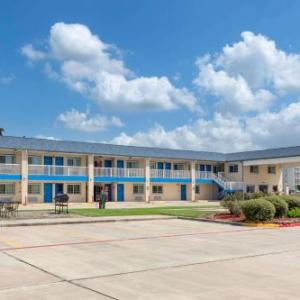 Crosby Fair & Rodeo Hotels - Days Inn Baytown, Tx