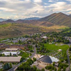 Hotels near Sun Valley Pavilion - Sun Valley Resort