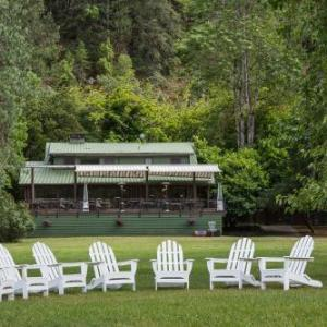 Morrisons Rogue River Lodge
