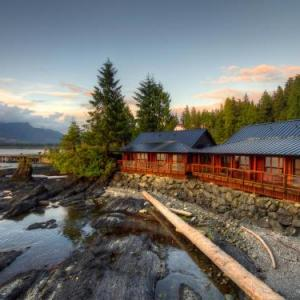 Book Now Wild Renfrew Seaside Cottages (Port Renfrew, Canada). Rooms Available for all budgets. Wild Renfrew Seaside Cottages is a resort situated in Port Renfrew. Each accommodation at the 3-star resort has sea views and free WiFi. The rooms come with a terrace with mou