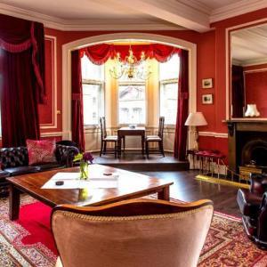 Edinburgh Hotels With Bath Tubs Deals At The 1 Hotel With A Bath