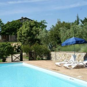 Book Now Podere Fabro Angeli (Allerona, Italy). Rooms Available for all budgets. Podere Fabro Angeli offers accommodation in Allerona 44 km from Perugia and 44 km from Saturnia. Guests benefit from patio.A TV is offered. Other facilities at Podere Fabro An