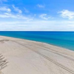 Crystal Shores West 202