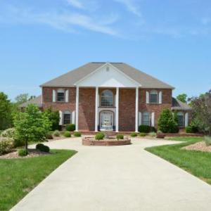 Hotels near Fort Leonard Wood - Lafayette Manor Bed & Breakfast