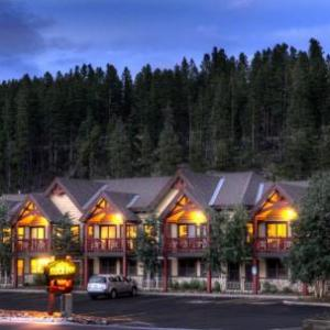 Book Now Breck Inn (Breckenridge, United States). Rooms Available for all budgets. Featuring a hot tub for guest relaxation this hotel is 5 minutes' drive from Breckenridge Ski Resort. All rooms are equipped with free WiFi. Parking is provided on site.Each a