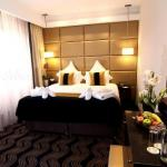 The Piccadilly London West End Hotel