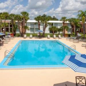 Osceola County Stadium Hotels - Travelodge by Wyndham Kissimmee East