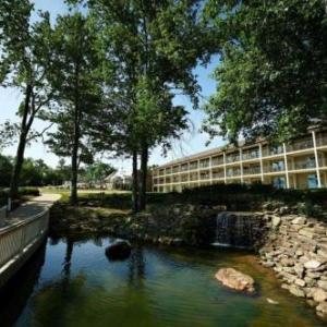 Fourwinds Lakeside Inn & Marina; BW Signature Collection