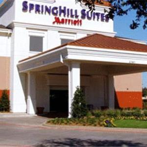 Escapade Plaza Dallas Hotels - Springhill Suites Dallas Nw Hwy. At Stemmons/i-35e