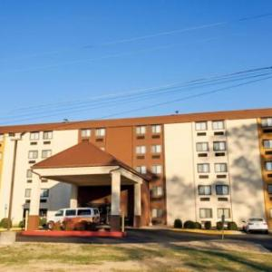Hotels near National Church of God Fort Washington - Comfort Inn Oxon Hill
