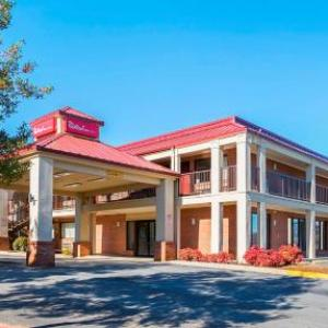 Red Roof Inn and Suites Scottsboro