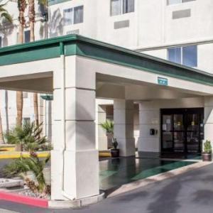 Comfort Suites At Metro Center Phoenix