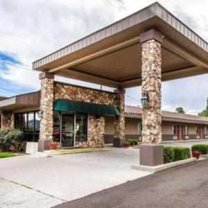 NAU Ardrey Auditorium Hotels - Econo Lodge University