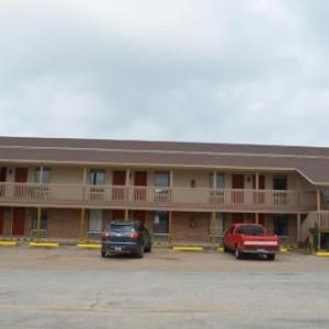 Twisted J Live Hotels - Granbury Inn And Suites