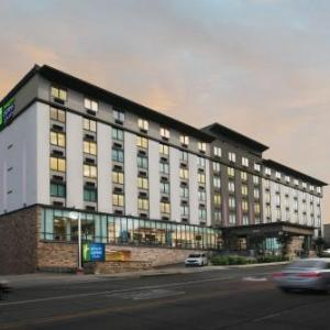 Scott Theatre Hotels - Holiday Inn Express Hotel & Suites Fort Worth Downtown