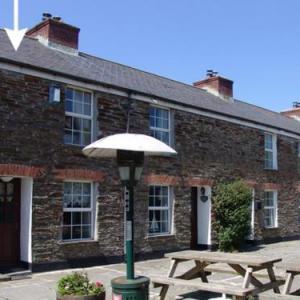 Hotels near Royal Cornwall Showground - Primrose Cottage Wadebridge