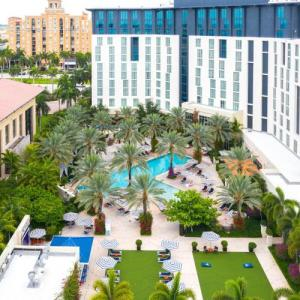 Hotels near Rinker Playhouse - Hilton West Palm Beach