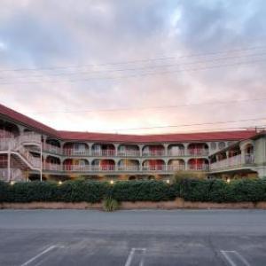 Colony Inn
