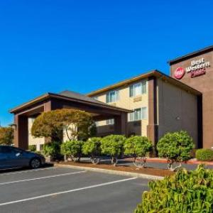 Best Western Plus Cascade Inn Suites
