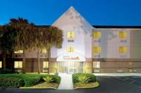 Candlewood Suites Miami Airport West Image