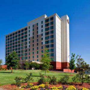Cannon Center for the Performing Arts Hotels - Crowne Plaza Memphis Downtown