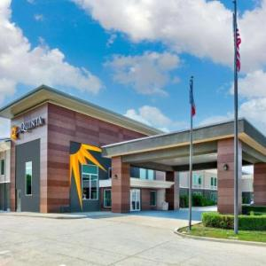 La Quinta by Wyndham Dallas -Las Colinas