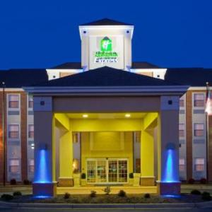 Hotels near Rod N Reel Chesapeake Beach - Holiday Inn Express Prince Frederick