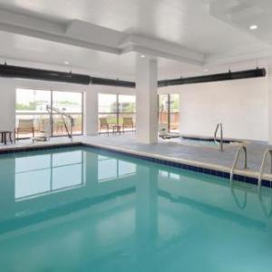 Magness Arena Hotels - Hampton Inn & Suites Denver-Cherry Creek