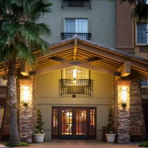 Hotels near Wente Vineyards - Larkspur Landing Pleasanton