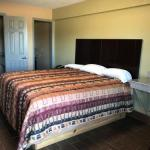 Hotels near Malone Stadium - Economy Inn