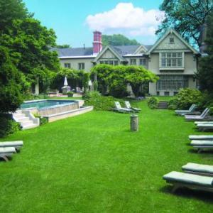 Hotels near Guild Hall East Hampton - The Baker House 1650