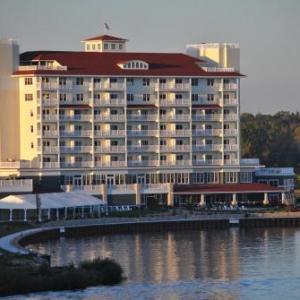Mendel Center Hotels - The Inn at Harbor Shores