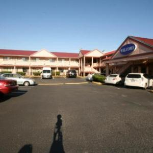 Welcome Everett Inn