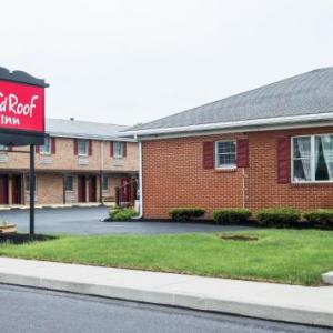 Book Now Red Roof Inn Hershey (Hershey, United States). Rooms Available for all budgets. Featuring an outdoor swimming pool Red Roof Inn Hershey is located in Hershey Pennsylvania just 6 minutes' drive from Hersheypark. Free WiFi and free parking are available.A f