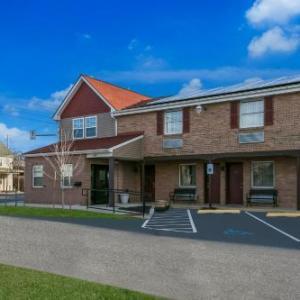 Hotels near Hersheypark Arena - Red Roof Inn Hershey