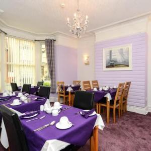Pavilion Theatre Rhyl Hotels - Berwyn Guest House