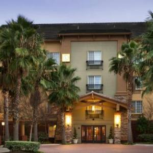 Three Stages at Folsom Lake College Hotels - Larkspur Landing Folsom-An All-Suite Hotel