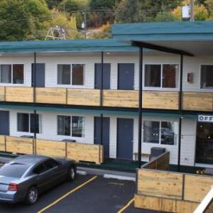 Hotels near Martin Stadium - The State Inn