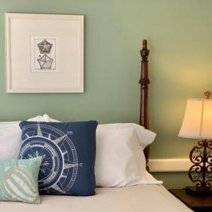 The Oak Bluffs Inn