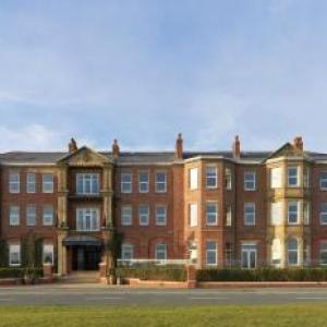 Hotels near Lowther Pavilion Lytham St Annes - Clifton Arms Hotel