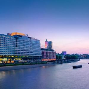Hotels near Olivier Theatre London - Sea Containers formerly Mondrian London