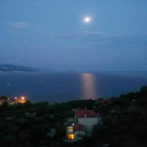 Book Now Villa Laura Pioppi (Pollica, Italy). Rooms Available for all budgets. Offering modern apartments with a private terrace and sea views Villa Laura Pioppi is 1 km from the sea in Cilento. It features free WiFi a garden and private parking.Each apa