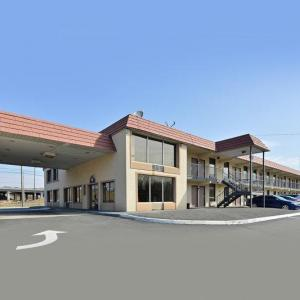 Americas Best Value Inn & Suites-knoxville North
