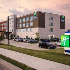 Fredrick C. Hobdy Assembly Center Hotels - Holiday Inn Express & Suites RUSTON