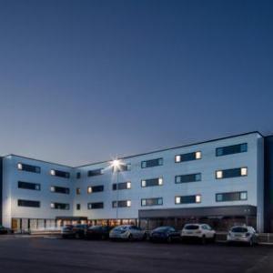 Hotels near Baths Hall Scunthorpe - Hampton By Hilton Humberside Airport