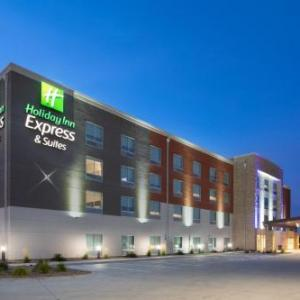 Hotels near Logan County Fairgrounds Sterling - Holiday Inn Express & Suites - Sterling