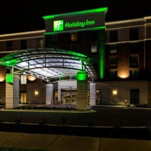 Hotels near Luther F. Carson Four Rivers Center - Holiday Inn Paducah